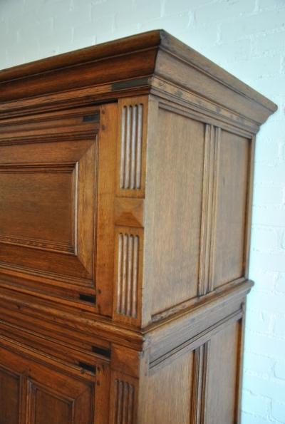 Dutch cupboard right side