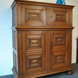 Dutch four door cupboard side