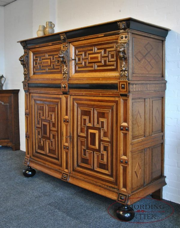 Dutch cupboard side