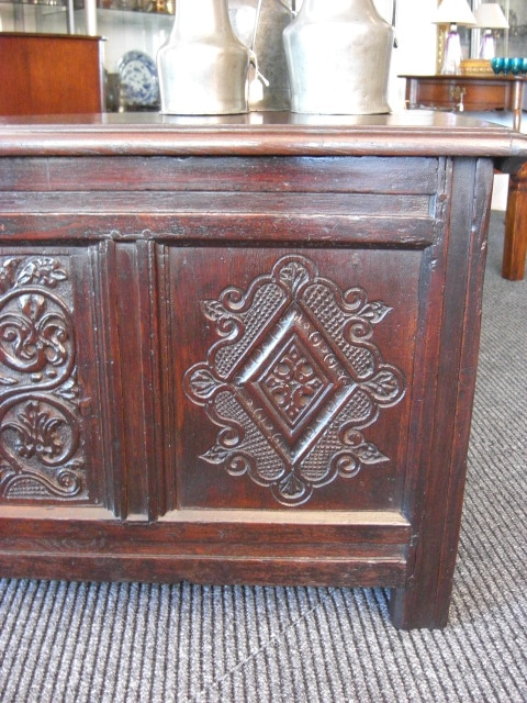 English chest right