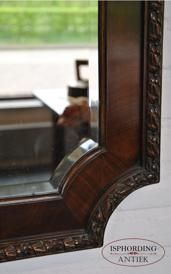 Mahogany mirror detail
