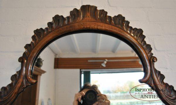 Mirror top