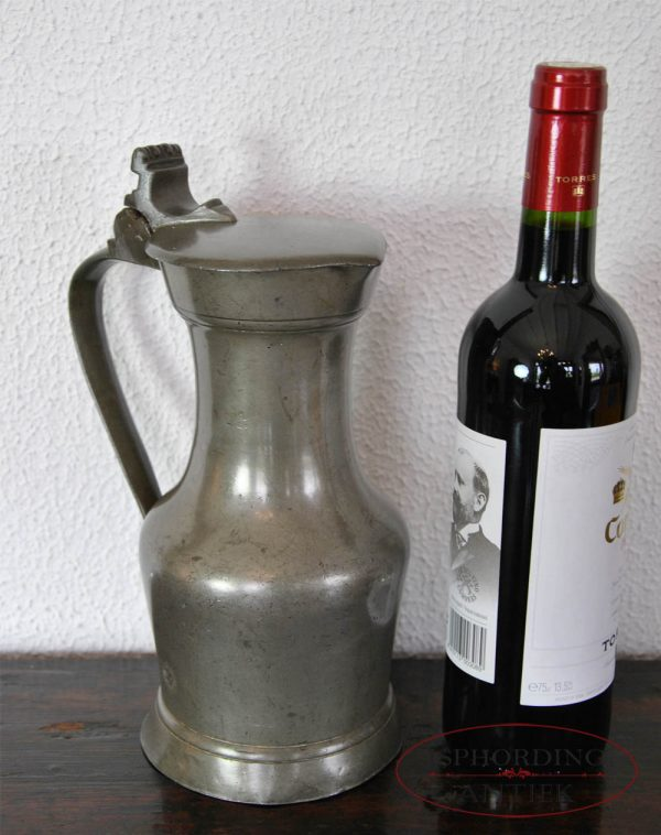Pewter Parisian flagon with bottle