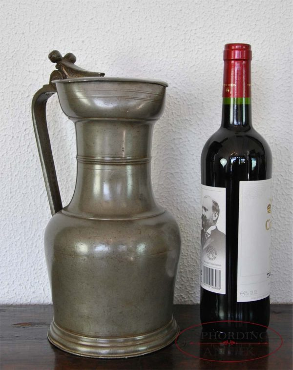 Pewter Swiss flagon with bottle