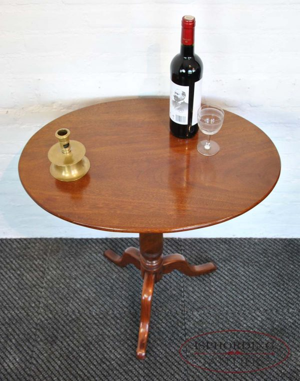 Antique oval winetable top