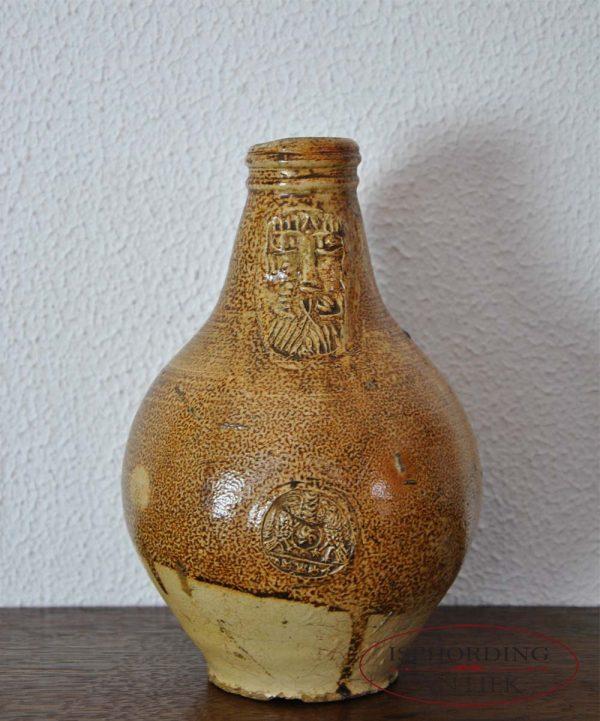 Antieke baardmankruik voor