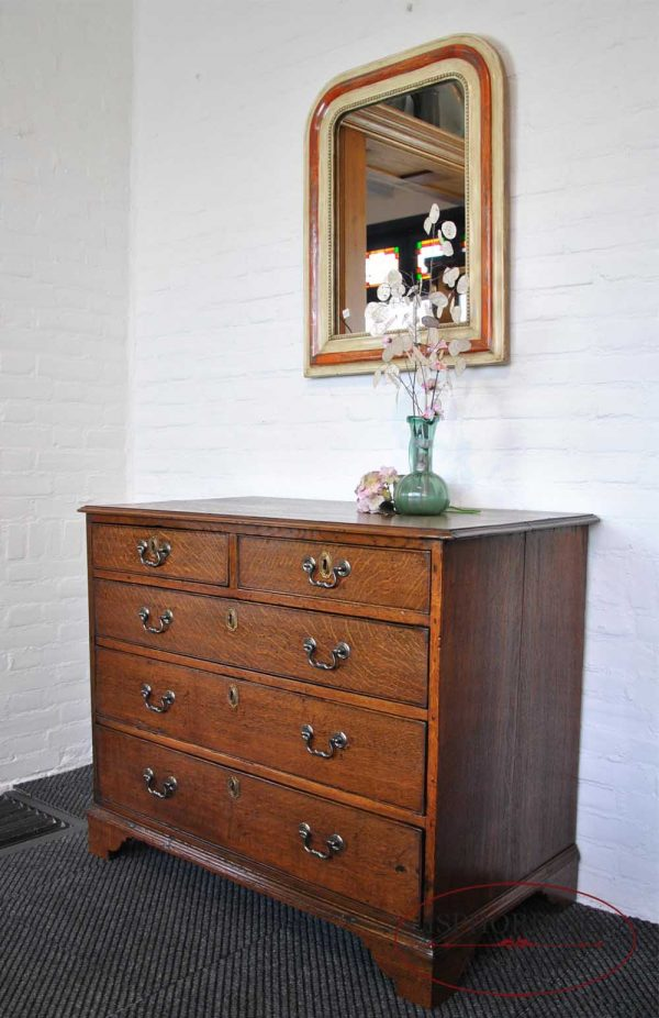 Antique oak chest of drawers side