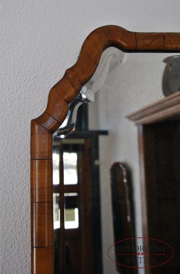 Antique mirror left top