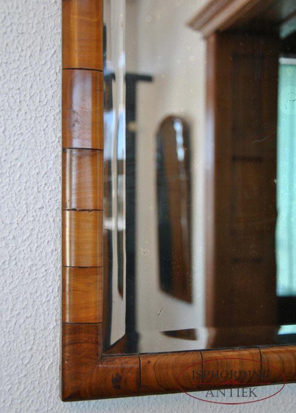 Antique mirror left bottom